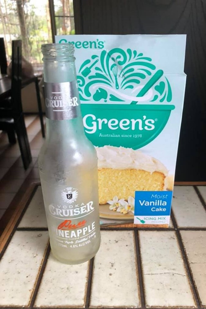 All you need are these two ingredients - a packet of cake mix and a bottle of Vodka Cruiser! Image: Kmart Pie Maker Recipes, Tips and Ideas Australia/Facebook